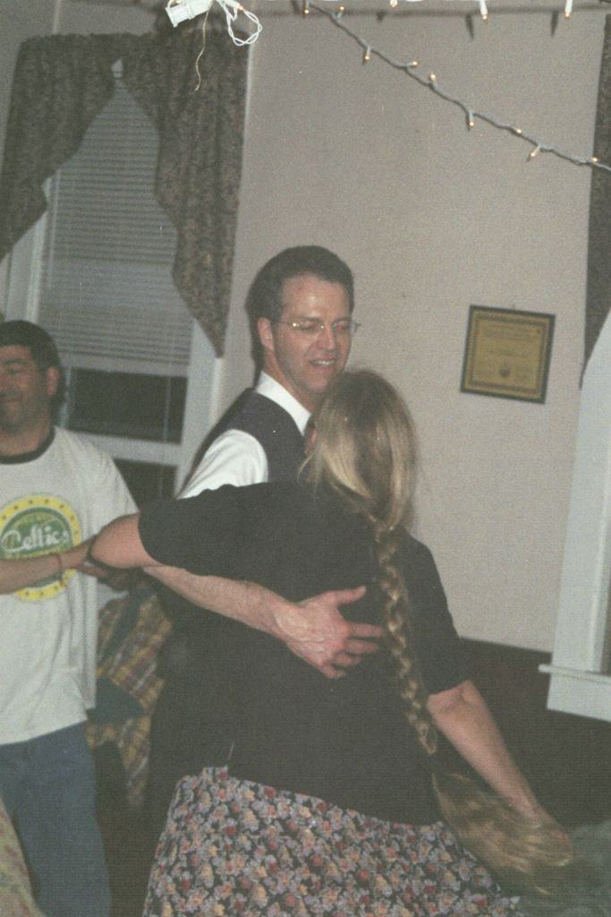 05-04-30 Contra Prom dancing 2_683x1024