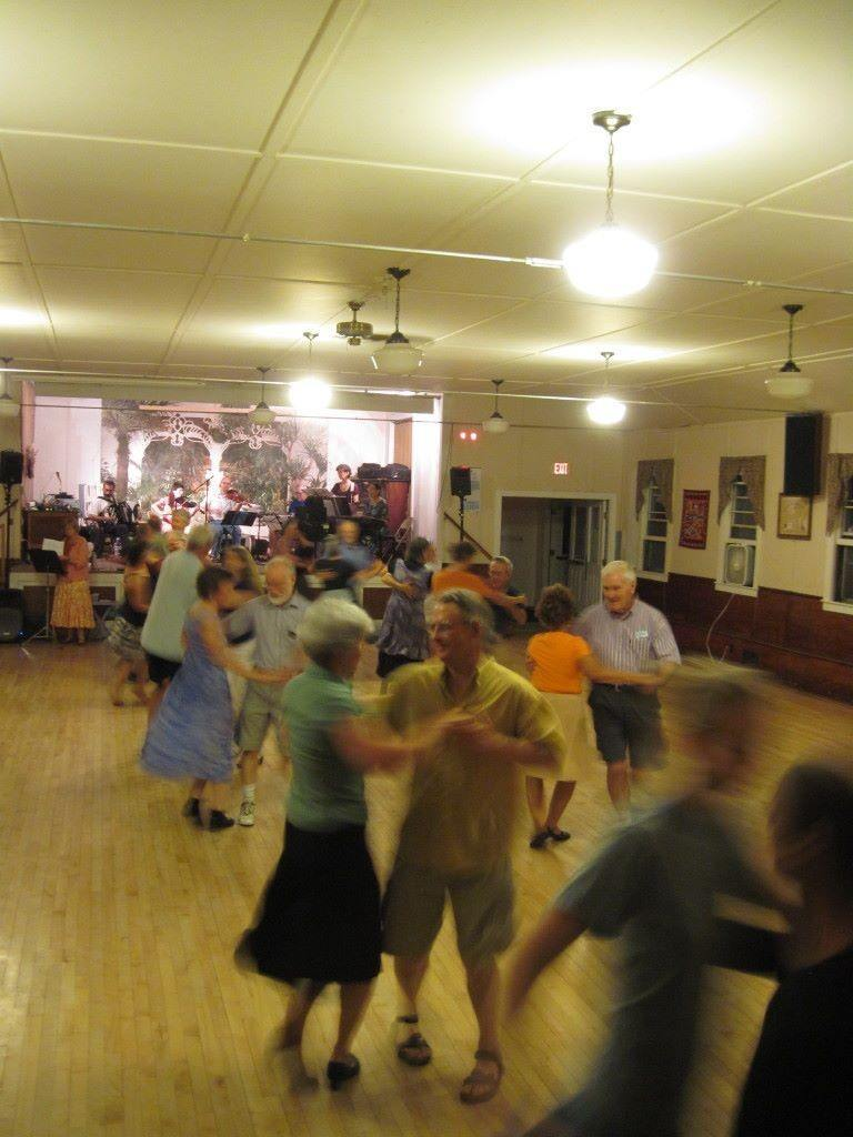 12-07-28 Connect-the-Dots English-Scottish-Contra evening dance_768x1024