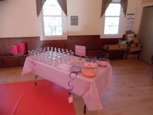 16-11-19-baby-shower-the-head-table