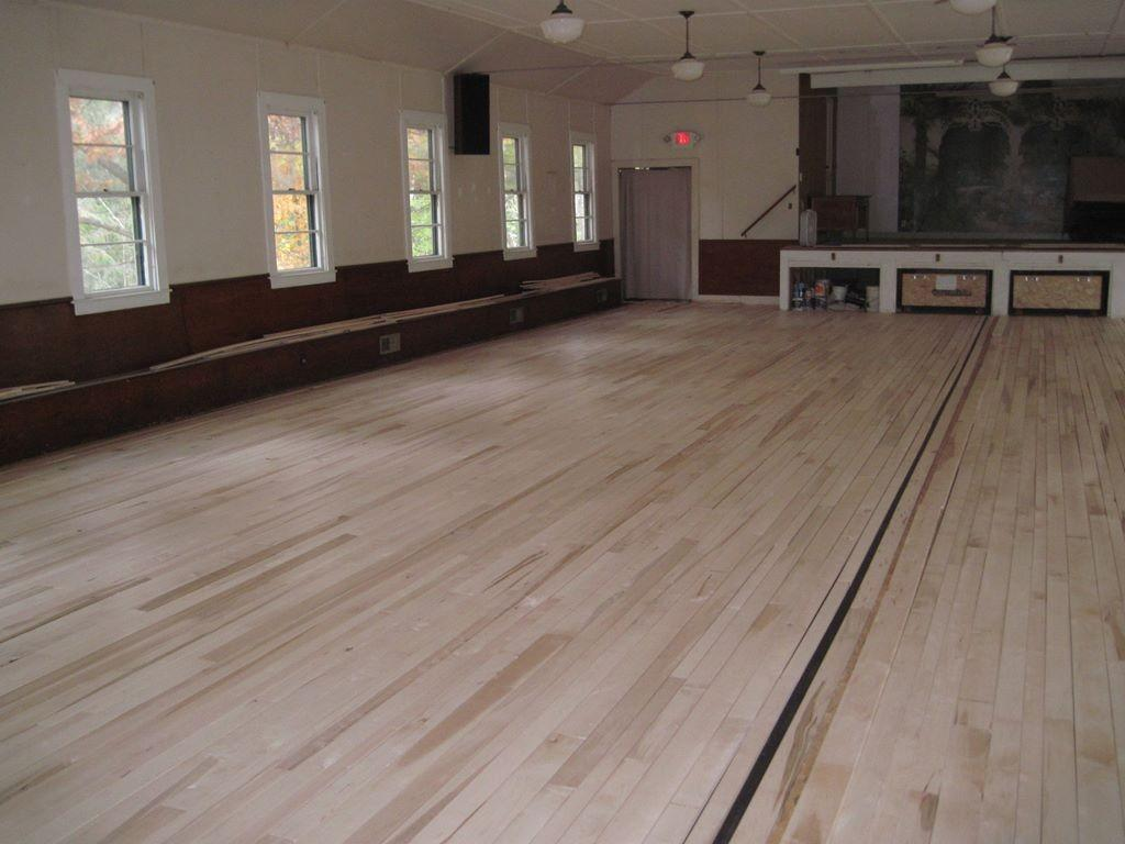 Installing the new floor – 2_1024x768